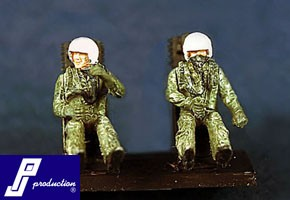 US modern pilots (F-104, F-4 etc.) seated, 2 pcs
