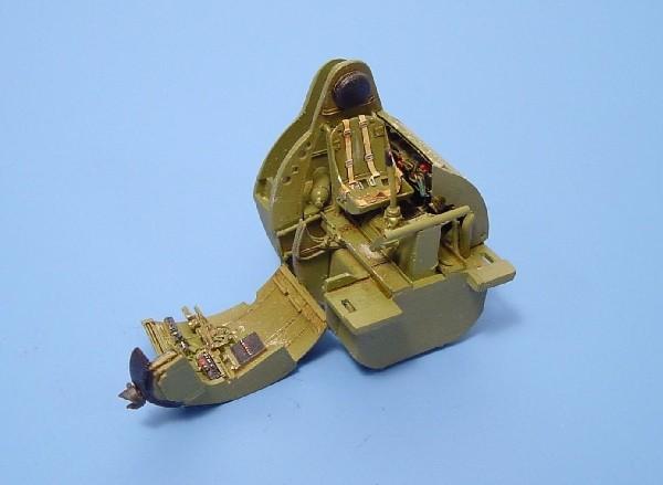 F4F-4 Wildcat cockpit TAM