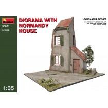 Diorama w. Normandy house