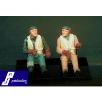 Luftwaffe pilots seated, 2 pcs