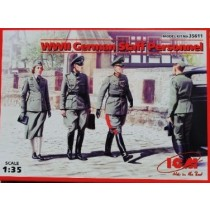 German Staff Personnel (4 fig)