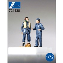 RAF pilot & mechanic, standing, WWII, 2 figures.
