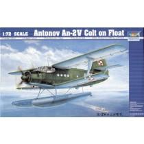 Antonov An-2 Colt on floats