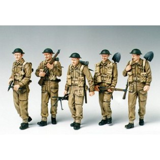 Brittish Infantry on patrol