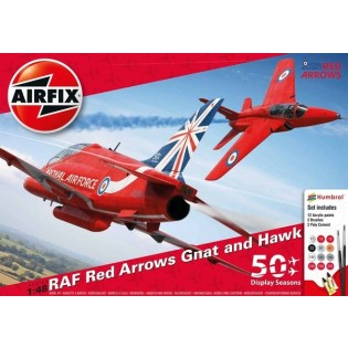 Red Arrows 50 years: Gnat & Hawk. Gift set w. paint & glue.