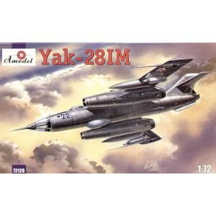 Yak-28IM
