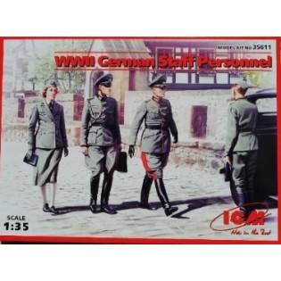 German Staff Personnel (4 fig)