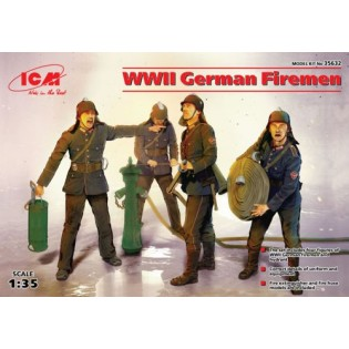 WWII German Firemen (4 figures)