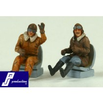 Seated pilots, WWI, 2 pcs