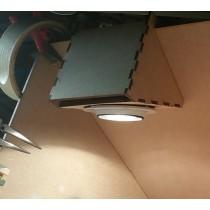 Lamphållare för dragskåp. 2 stycken.