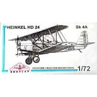 Heinkel HD 24 Sk4A on wheels